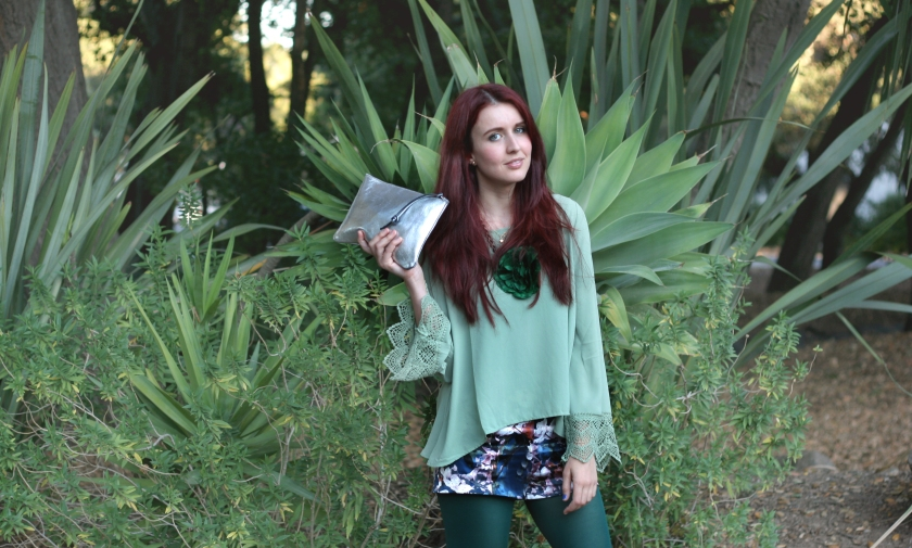 bloggers, fashion blog, style blog, fall fashion, Juliana Stoy, Asha Raval, Bohemian, Exotic look, how to wear green, Bay Area, California, Tights
