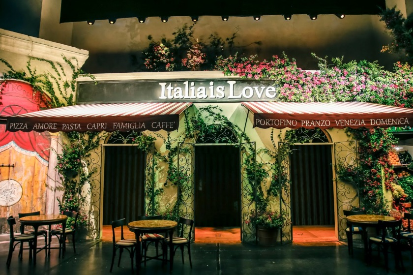 Italia is Love, Dolce and Gabbana, Dolce and Gabbana SS2016, Dolce and Gabbana San Francisco, San Francisco Fashion Bloggers, Top Fashion Bloggers, Italian Fashion