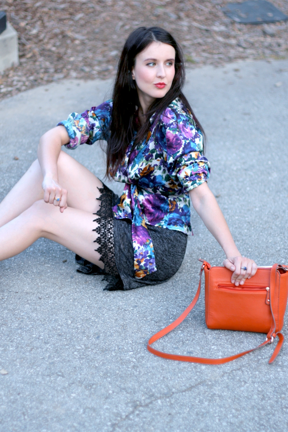Top Fashion Bloggers, Fashionistas, Coach bags, Coach Dinky Bag, Silk Kimono, Vintage shirt, How to wear a kimono, Summer looks, Feminine Looks, Fashion Bloggers San Francisco, Colors for summer, Dualitas Jewelry, Precious Stones,