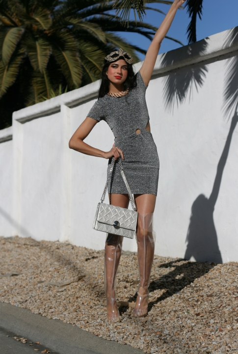 H&M Gold, H and M, H&M party dress, H&M fashion bloggers, simmi girl, Simmi shoes, San Francisco Bloggers, Sparkling Dresses, MASQUERADE, silver dresses, Uniqlo, Party Dresses, 2017 looks, H&M masks, H&M accessories, Party Accessorises, Thigh High Boots Looks
